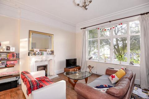 2 bedroom flat to rent - NORFOLK HOUSE, PASTURE LANE, CHAPEL ALLERTON, LEEDS LS7 4QN