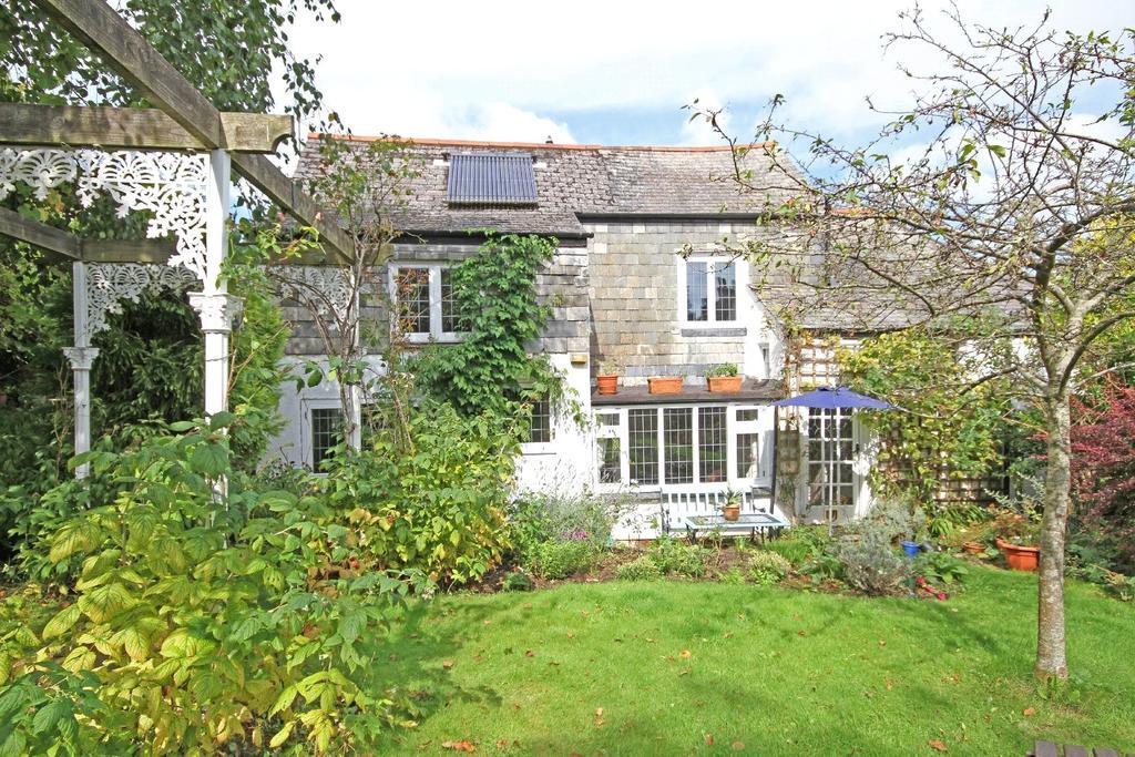 3 Bedrooms Cottage House for sale in Leechwell Street, Totnes, Devon, TQ9