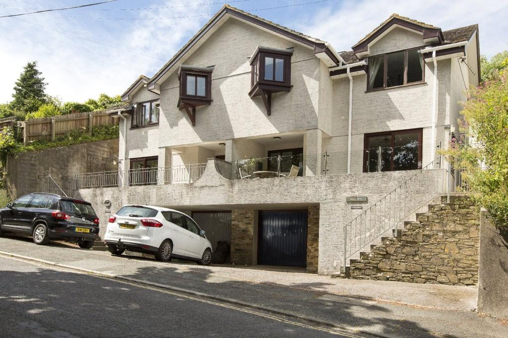 3 Bedrooms Semi Detached House for sale in Devon Road, Salcombe, Devon, TQ8