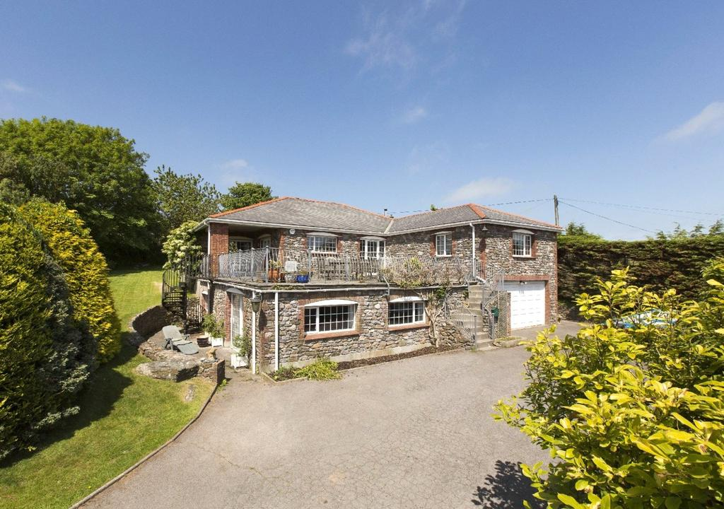 3 Bedrooms Detached House for sale in Eddystone Rise, Galmpton, Nr Salcombe, Devon, TQ7