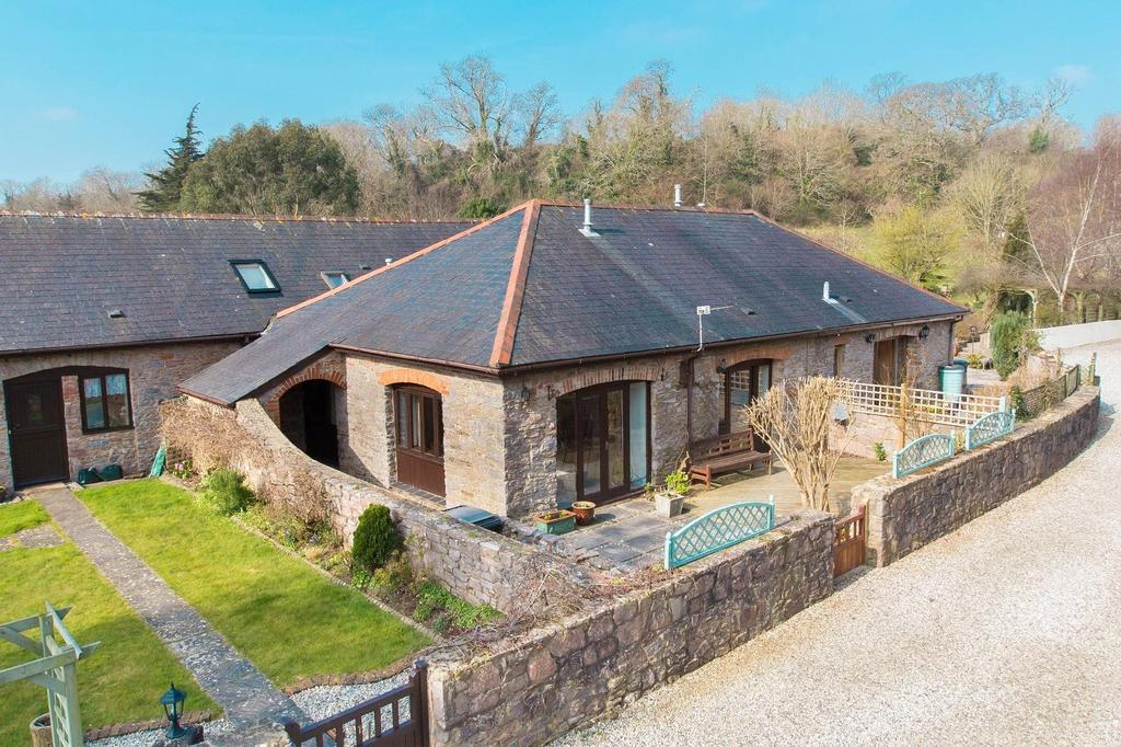 4 Bedrooms Barn Conversion Character Property for sale in Galmpton, Brixham, Devon, TQ5