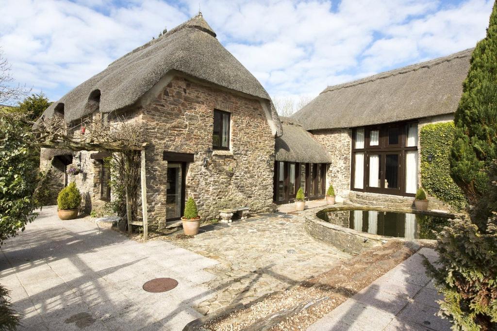4 Bedrooms Detached House for sale in Combe, Malborough, Kingsbridge, Devon, TQ7