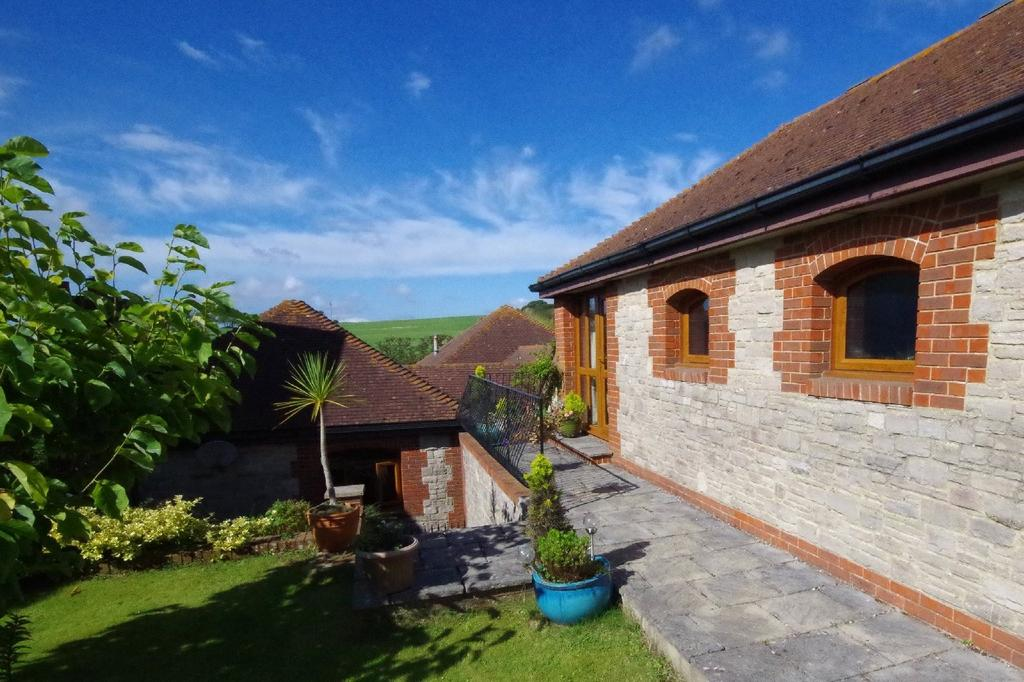 4 Bedrooms Detached House for sale in Knighton Road, Wembury, Devon, PL9