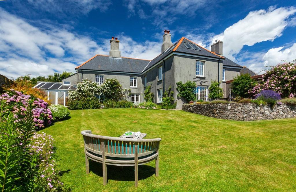 5 Bedrooms Detached House for sale in Kingston, Kingsbridge, Devon, TQ7