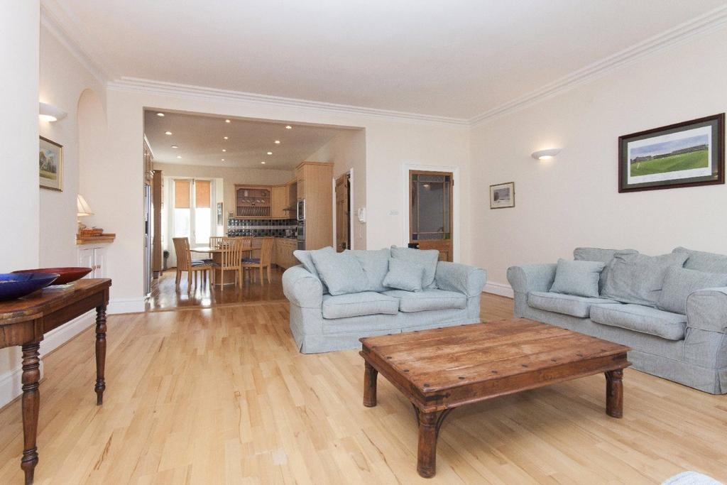 7 Bedrooms Terraced House for sale in Fore Street, Salcombe, Devon, TQ8