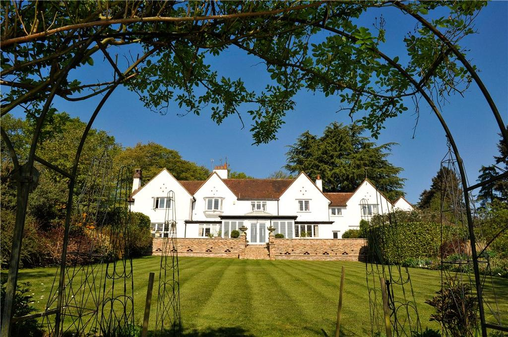 8 Bedrooms Detached House for sale in Little Kingshill, Buckinghamshire, HP16