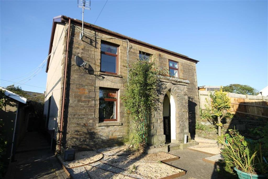 3 Bedrooms Detached House for sale in Efail Shingrig, Trelewis, Treharris, CF46