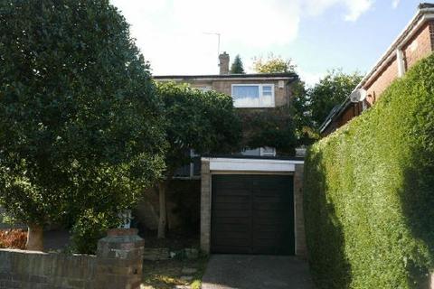 3 bedroom house to rent - OSBORNE RD  SOUTH - PORTSWOOD - UNFURN