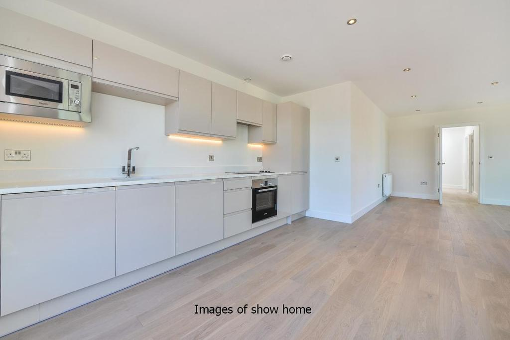 2 Bedrooms Flat for sale in Christchurch Road, Colliers Wood, SW19