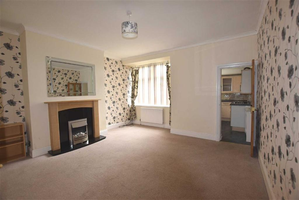 2 Bedrooms Terraced House for sale in Burnley Road, Briercliffe, Lancashire