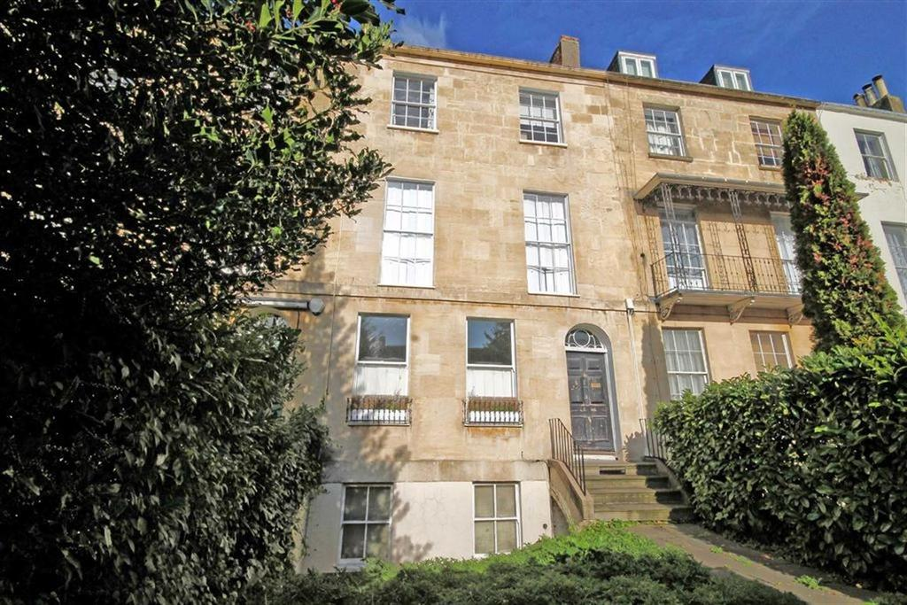 2 Bedrooms Flat for sale in Cambray Place, Central, Cheltenham, GL50