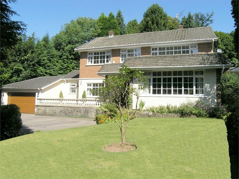 4 Bedrooms Detached House for sale in Mill Road, Lisvane, Cardiff