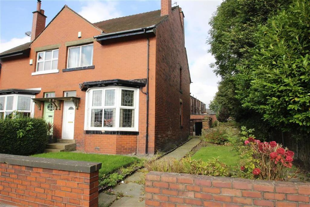 3 Bedrooms Semi Detached House for sale in 763, Halifax Road, Smithy Bridge, Rochdale, OL12