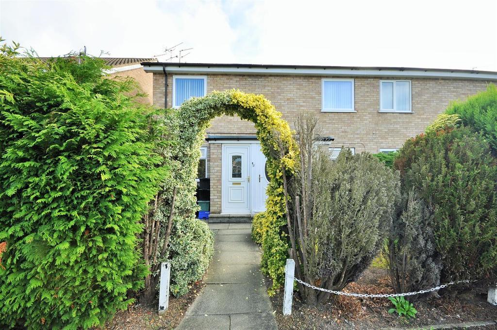 2 Bedrooms Apartment Flat for sale in Ryemoor Road, Haxby, York
