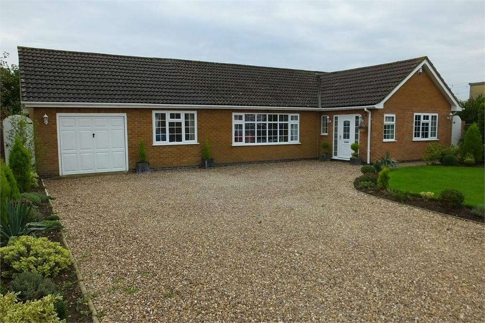 4 Bedrooms Detached Bungalow for sale in Priory Road, Fishtoft, Boston, Lincolnshire