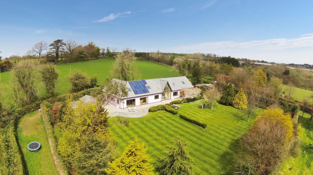 4 Bedrooms Detached House for sale in Trebursye Gardens, Trebursye