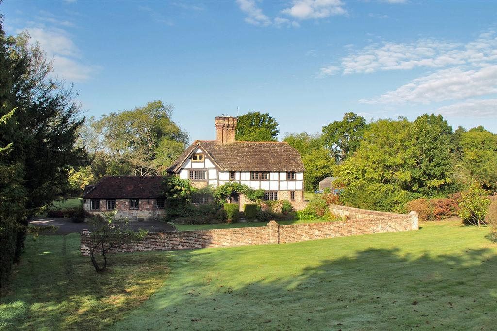 5 Bedrooms Detached House for sale in Green Road, Wivelsfield Green, East Sussex, RH17