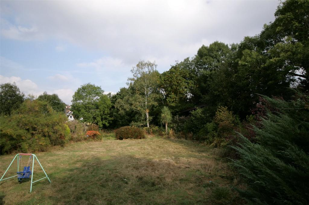 Land Commercial for sale in Eleven Acre Rise, Loughton, Essex, IG10