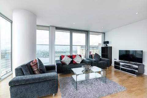 2 bedroom apartment to rent - Landmark West Tower, 22 Marsh Wall, E14