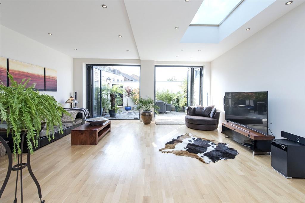 4 Bedrooms Terraced House for sale in Garratt Lane, London, SW18