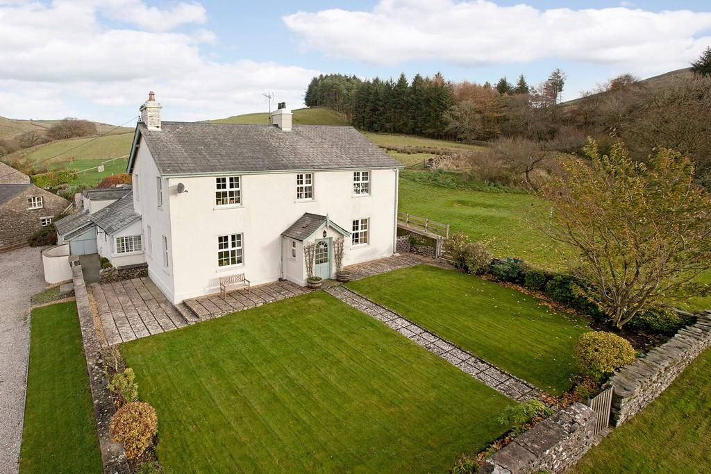 5 Bedrooms Farm House Character Property for sale in Hutton Park House, New Hutton, Kendal, Cumbria, LA8 0AY
