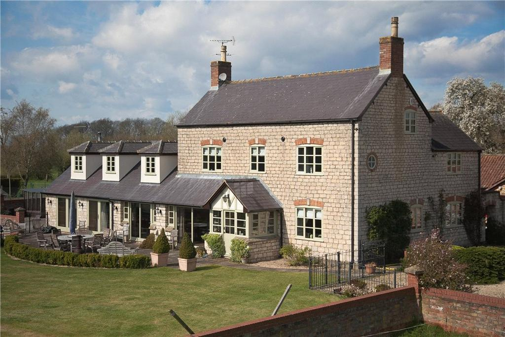 5 Bedrooms Detached House for sale in Breadstone, Berkeley, Gloucestershire, GL13