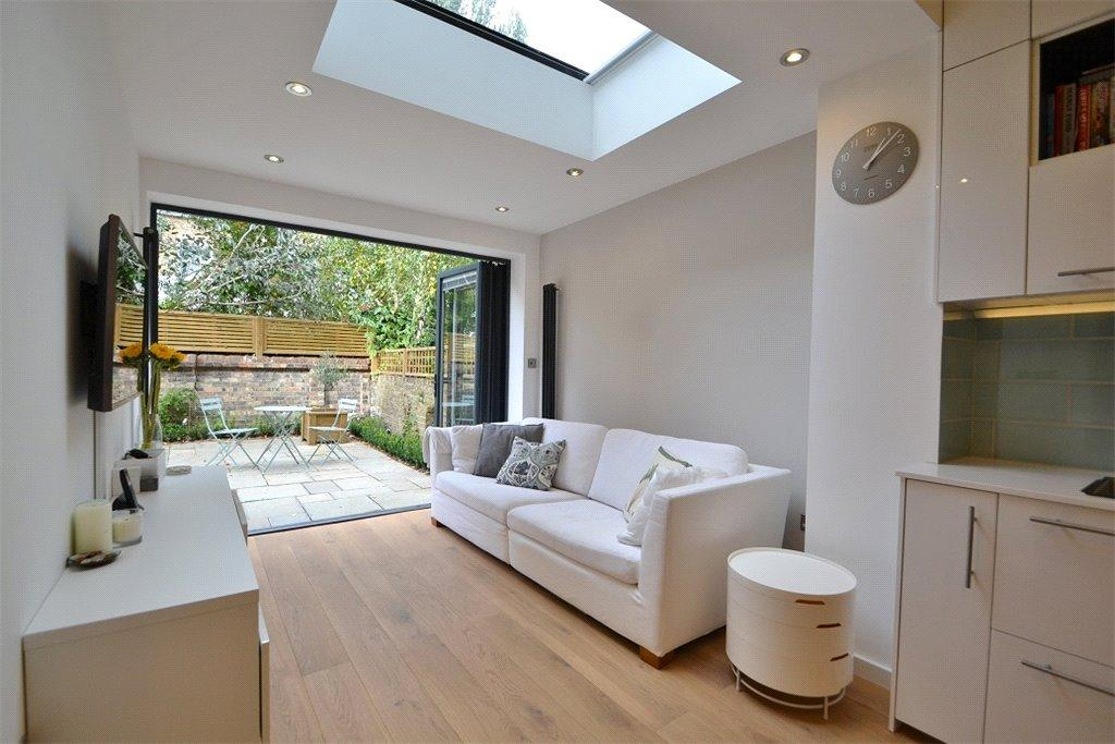 2 Bedrooms Flat for sale in Hungerford Road, Caledonia, London, N7
