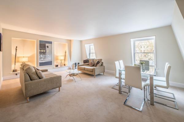 2 Bedrooms Flat for sale in Craven Hill, London. W2