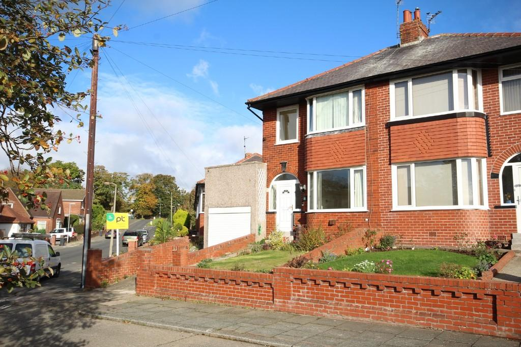 3 Bedrooms Semi Detached House for sale in 9 Valley Drive, Barrow-In-Furness