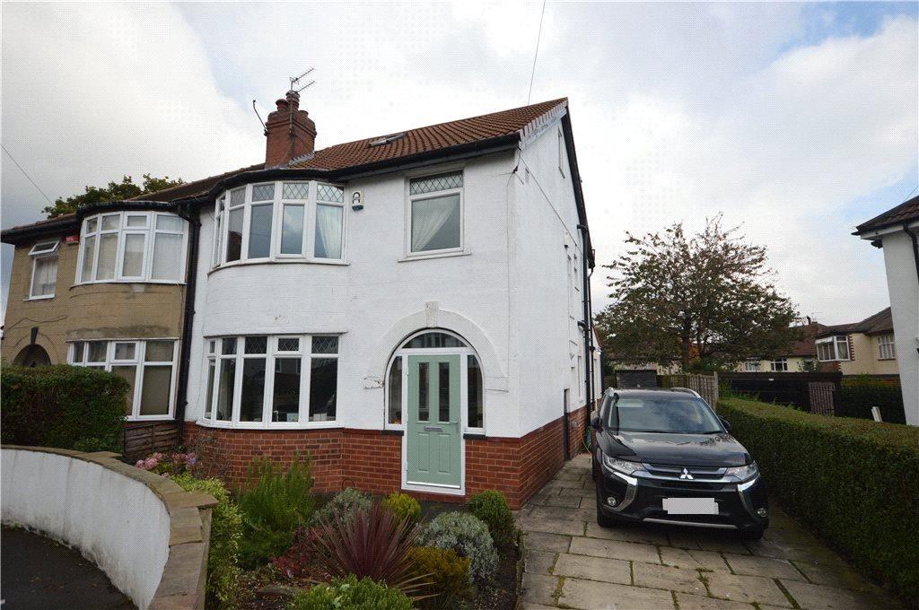 4 Bedrooms Semi Detached House for sale in Moorland Walk, Moortown, Leeds