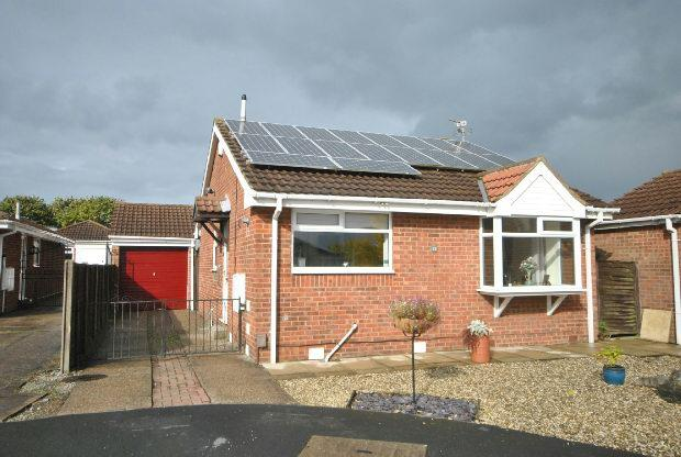 2 Bedrooms Detached Bungalow for sale in Billinghay Court, CLEETHORPES