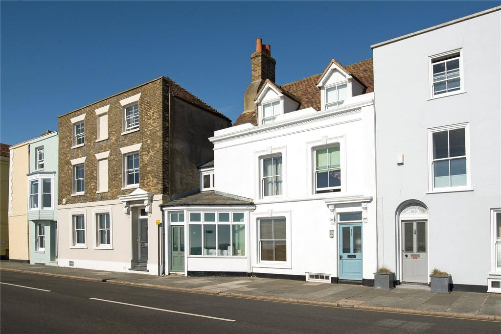5 Bedrooms Terraced House for sale in Beach Street, Deal, Kent