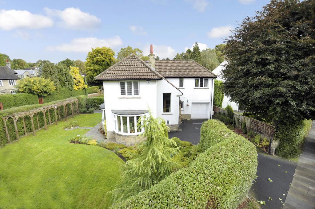 4 Bedrooms Detached House for sale in Hornbeam Crescent, Harrogate