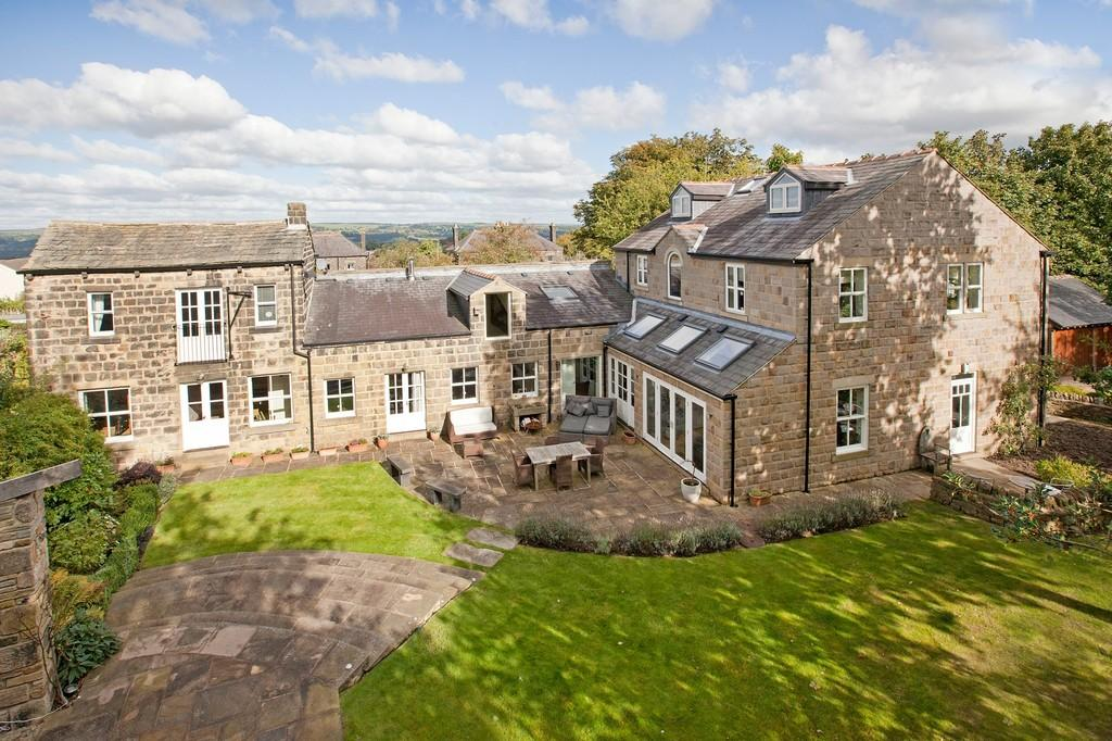 6 Bedrooms Detached House for sale in Cleasby Road, Menston