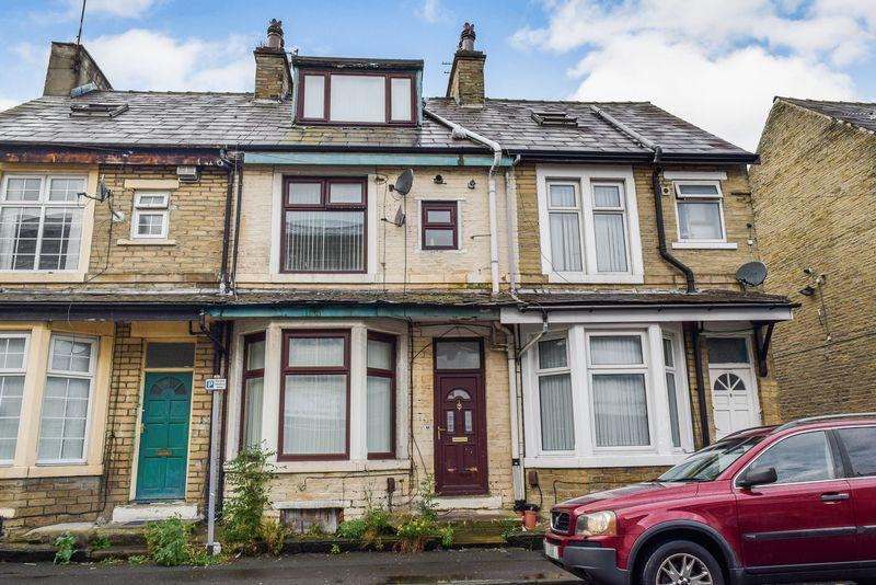 4 Bedrooms Terraced House for sale in Mansfield Road, Bradford