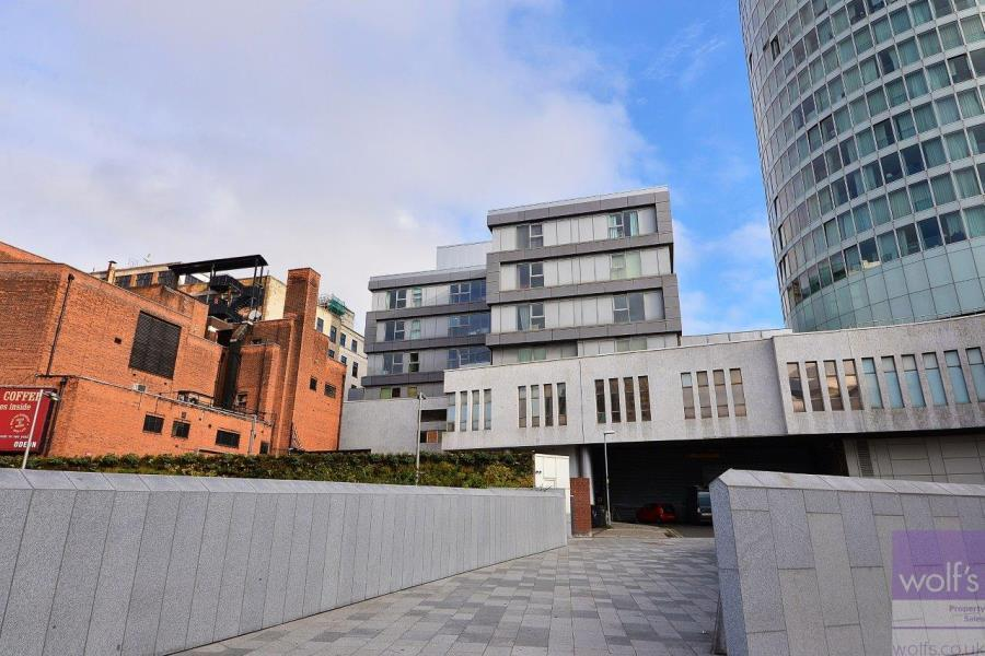 2 Bedrooms Flat for sale in St Martins Gate - City Centre