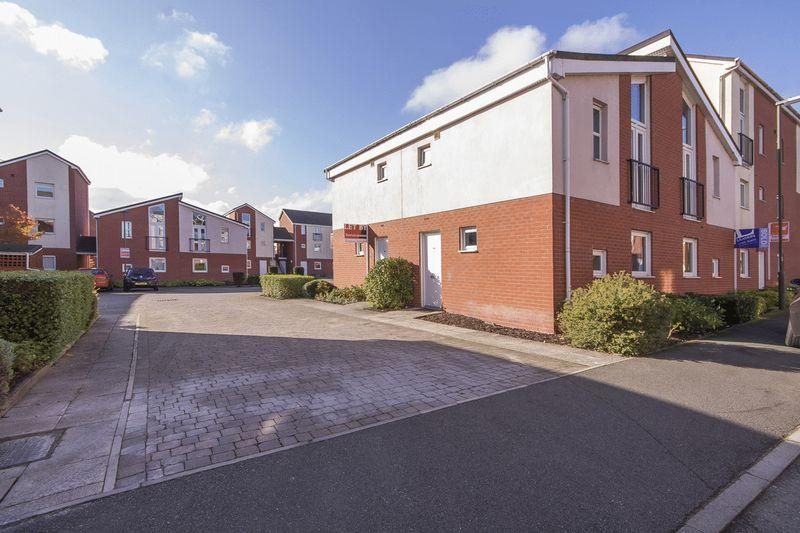 1 Bedroom Apartment Flat for sale in WILDHAY BROOK, HILTON