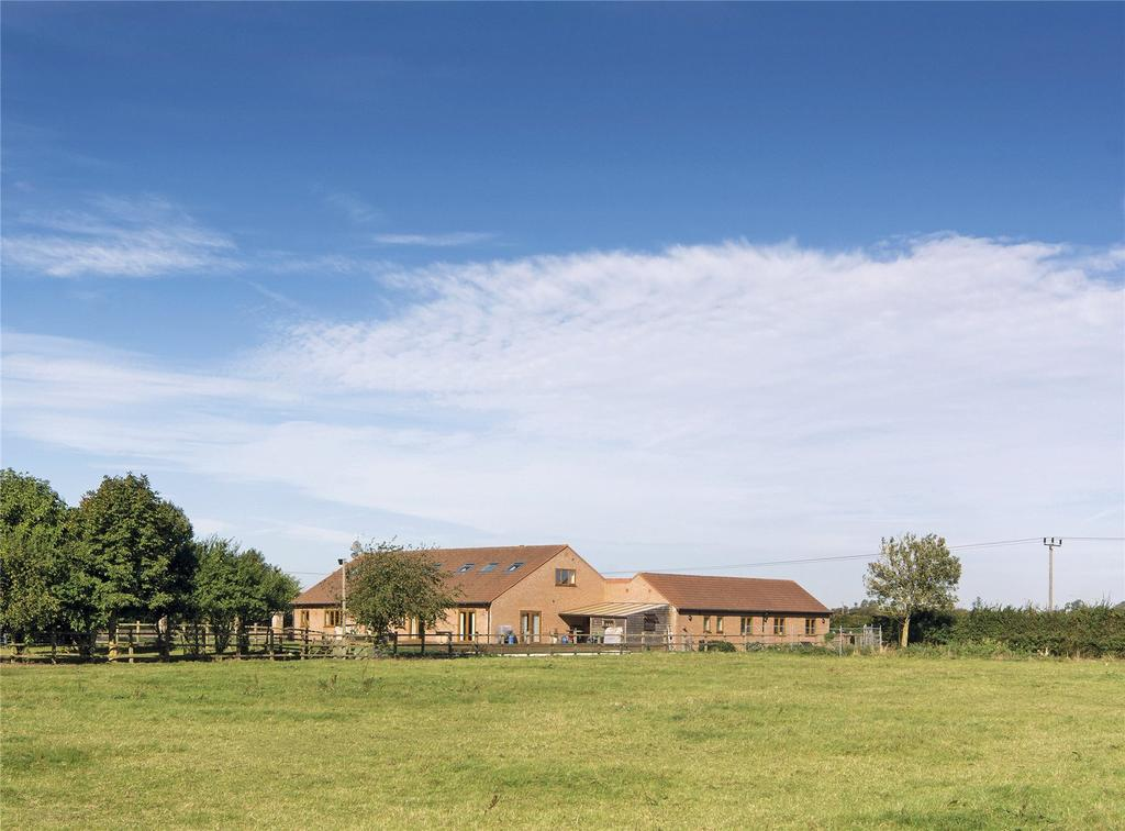 5 Bedrooms Equestrian Facility Character Property for sale in Cattleya Farm, 200 Benwick Road, Whittlesey, Peterborough, PE7