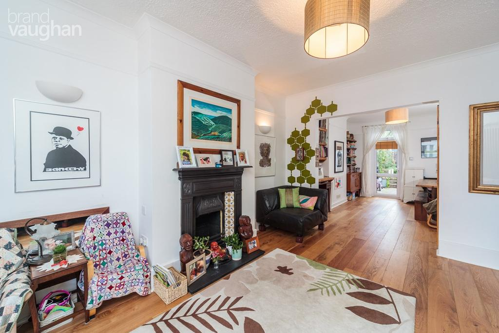 3 Bedrooms Terraced House for sale in Brooker Street, Hove , BN3