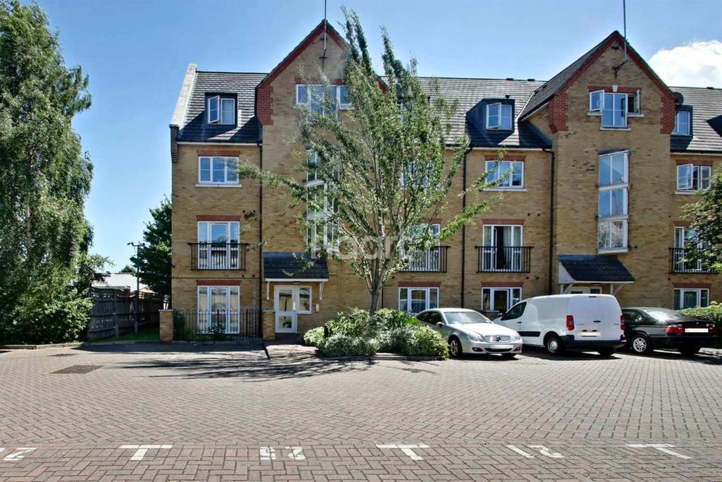2 Bedrooms Flat for sale in Briary Court, Turner Street, Royal Docks