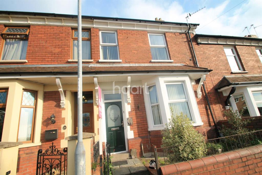 3 Bedrooms Terraced House for sale in Gibbs Road, beechwood, newport