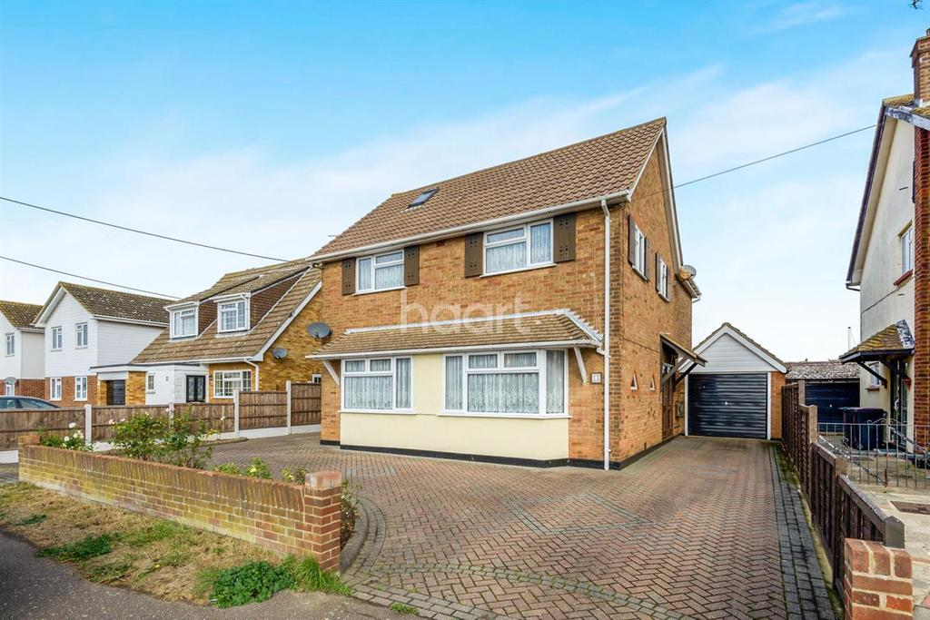 4 Bedrooms Detached House for sale in Seaview Drive, Great Wakering