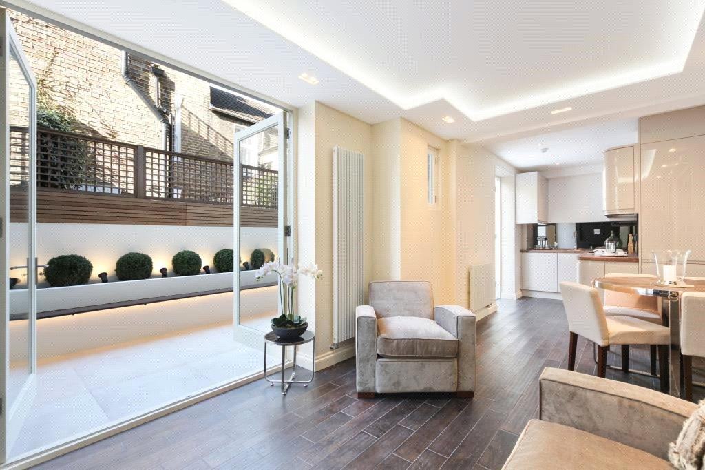 2 Bedrooms Flat for sale in St Olaf's Road, Fulham, London, SW6