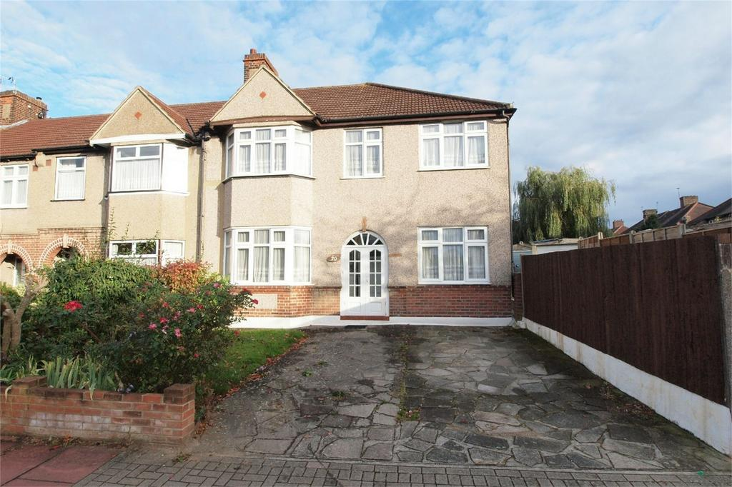 4 Bedrooms End Of Terrace House for sale in Rose Walk, West Wickham, Kent