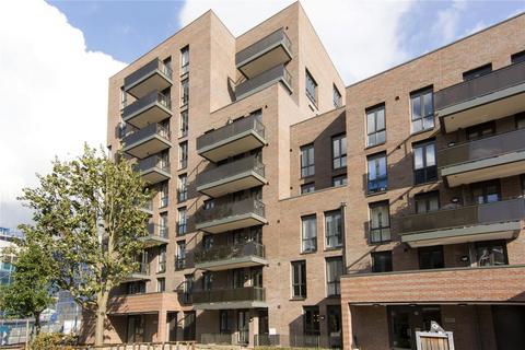 2 bedroom flat to rent - Maypole Court, 44 Geoff Cade Way, London, E3