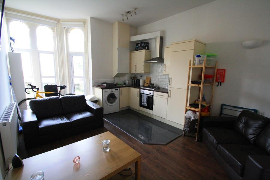 2 Bedrooms Apartment Flat for sale in Apt 2, 27 CLARENDON ROAD, LEEDS, LS2 9NZ