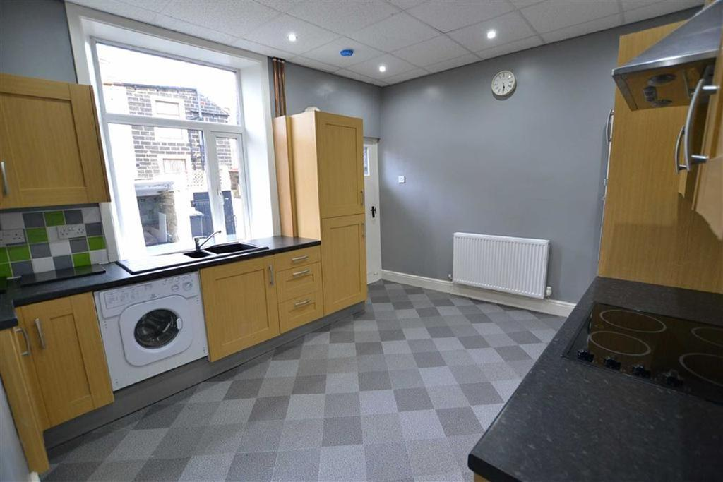 2 Bedrooms Terraced House for sale in Oxford Street, Colne, Lancashire