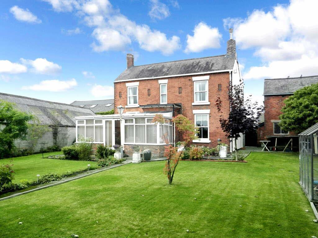 3 Bedrooms Detached House for sale in Mount Street