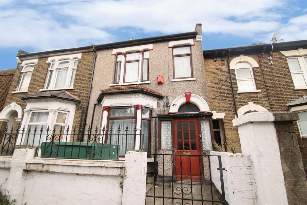 3 Bedrooms Terraced House for sale in Oliver Road