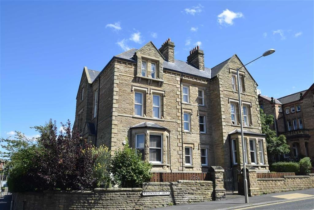 2 Bedrooms Flat for sale in Westbourne Grove, Scarborough, North Yorkshire, YO11